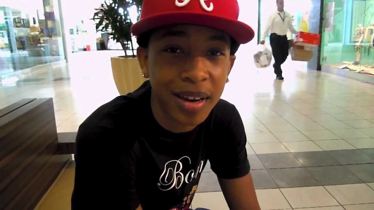 Mindless Behavior performing with Jacob Latimore at ... |Mindless Behavior And Jacob Latimore