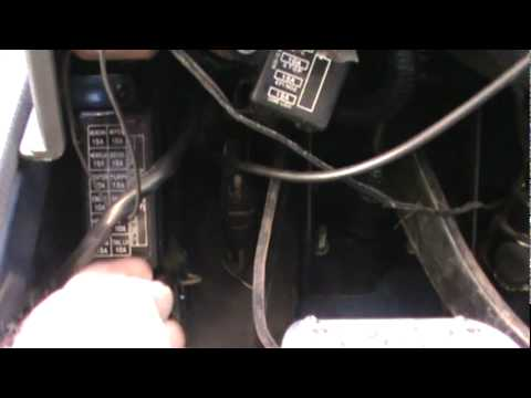 Daihatsu Rocky under dash Fuse Box on