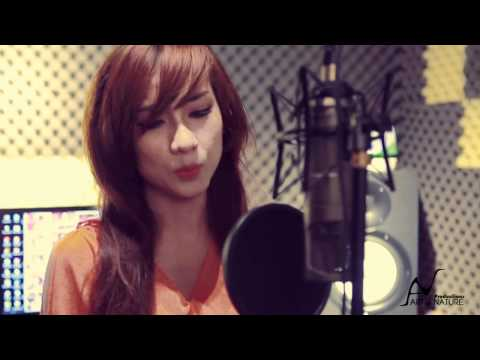 What Are Words (Acoustic Cover) By Thai Tuyet Tram + Guitar Mr.Quyen