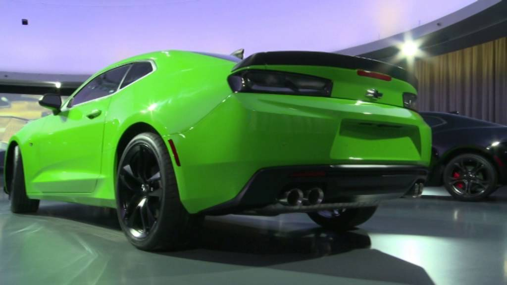2017 Chevy Camaro 1LE V6 (Green) Walk-Around and Interior B Roll ...