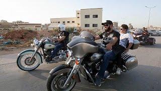 Une bande de bikers change l'image de la moto en Libye