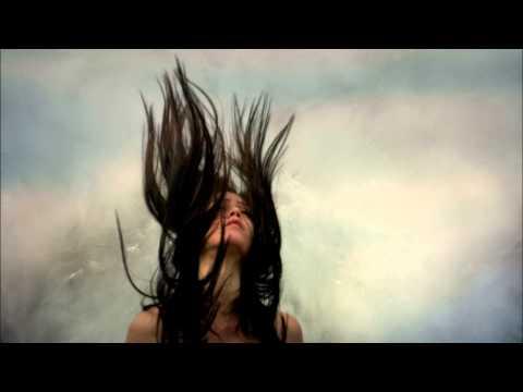 Клип Amanaska - Falling Up