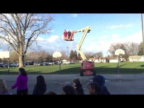 Rick Crosslin Science - Gravity... It's a Law! - Second Grade Science