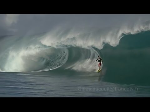 Teahupoo crazy surfing big waves - Amazing Compilation - Awesome