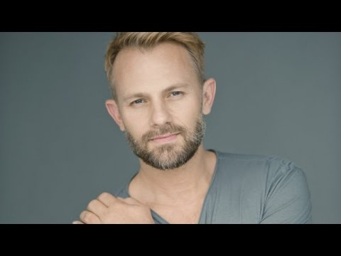 Actor Craig Robert Young Life Story Interview - Melrose Place / MTV Spyder Games / Sabrina