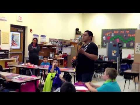 Hellspet en All Aboard Charter School presentacion para niños.