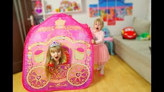 Margarita Pretend Play with Princess Carriage Inflatable Toy