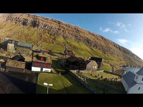 Art of flying DJI Phantom UFO over the lonely island ( Faroe Islands ) 001