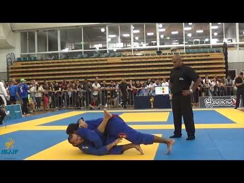 Lachlan Giles vs Diego Colino / Pan Pacific Championship 2017