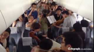 String quartet play for delayed Chinese flight