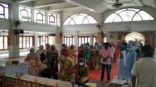 Pune: Devotees offer prayers in Gurudwara on Guru Nanak Jayanti