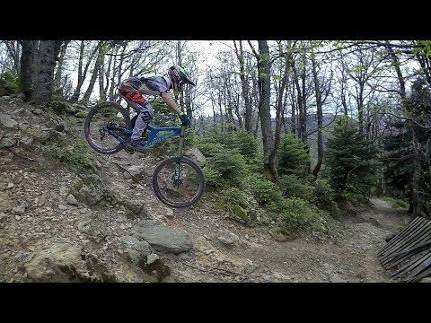 Gravity Freaks - Perfect training at the dirfis mountain with my friends