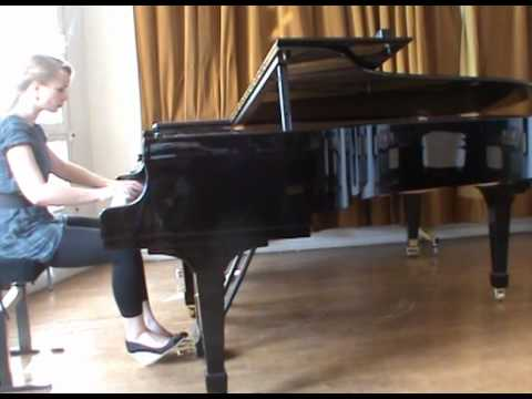 Bach: Präludium Cis-Dur WTK I BWV 848, Katharina Treutler I piano