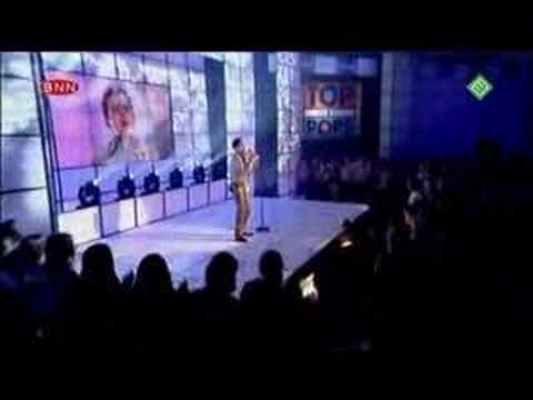 2002-07-19 - Gareth Gates - Anyone of Us (Live @ TOTP)