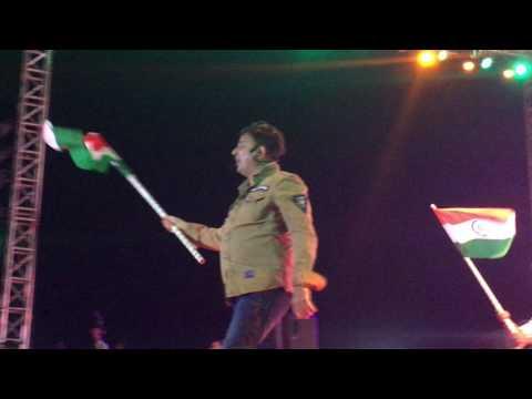 Jai Ho - Sukhwinder singh live Ahmedabad - Republic Day