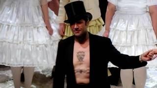 Ildebrando D'Arcangelo as Méphistophélès in FAUST by Gounod - curtain calls video 2017