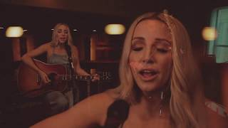 Смотреть клип Ashley Monroe - Hands On You | Acoustic