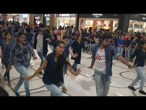 flashmob by JNTU H students 2018| 2k18 in inorbit mall |hyderabad