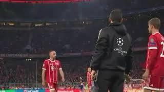 El enfado de Ribery tras ser sustituido en Champions ante el Anderlecht | 12/09/2017