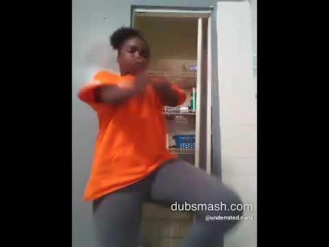 hot black girl giving head
