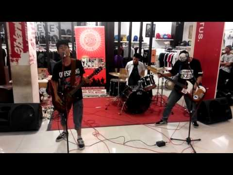 anTup plays Jo'anna (Not Available cover) live @ Obesphere Distro Rawamangun, jakarta 2015