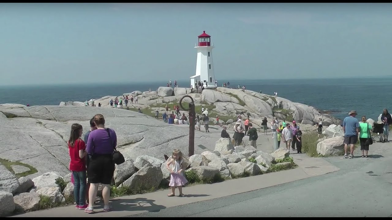 3k In Miles >> PEGGY'S POINT LIGHTHOUSE and PEGGY'S COVE - 30 MILES FROM ...