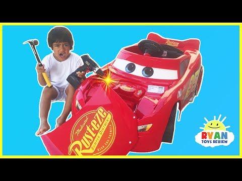 Disney Cars 3 Lightning McQueen Battery Powered Power Wheels Ride on Car Kids Unboxing & Test Drive
