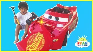 Disney Cars 3 Lightning McQueen Battery Powered Power Wheels Ride on Car Kids Unboxing & Test Drive