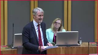 Plenary FMQ's 19.5.21/ Query re allowing live performances in licensed premises