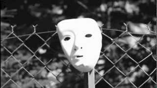 Olga Kouklaki Feat. Liset Alea -Hollow Lives (T. Finland remix)