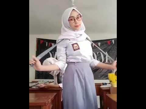 SMA jilbab menggoda
