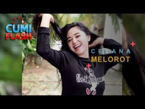 Wow! Lagi Renang, Celana Dewi Perssik Melorot - CumiFlash 06 Desember 2018