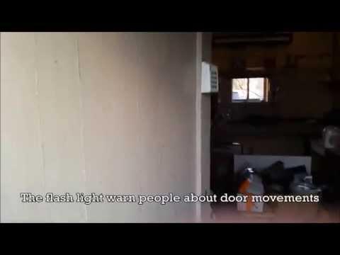 Homemade automatic laboratory door