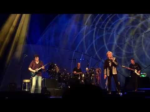 YES featuring Jon Anderson, Trevor Rabin, Rick Wakeman  (ARW) -