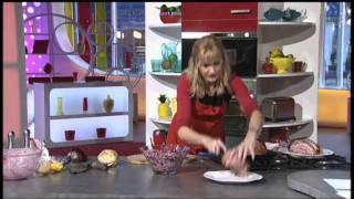 """christmas Coleslaw"", Lisa Fearn, The Pumpkin Patch Kitchen & Garden, Wedi 3, S4c 25th November 2011"
