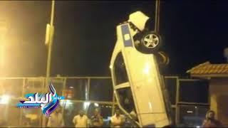 شاهد.. لحظة انتشال سيارة سقطت بمجرى قناة السويس من مرسى الرسوة ببورسعيد