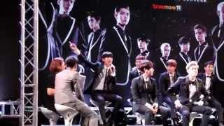 140912 Chanyeol tell EXO-L to screammm @ Press Con #EXOPlanetinBKK