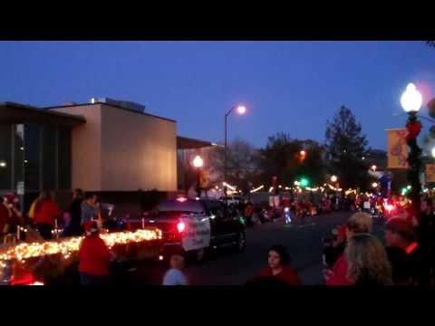 Christmas Parade brings holiday cheer to streets
