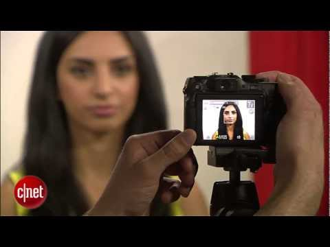 CNET How to: Take your own passport photos
