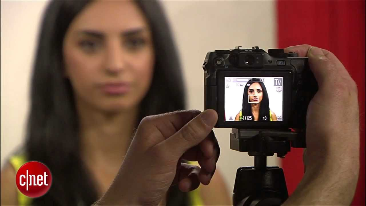 555f4e710082 CNET How to  Take your own passport photos - YouTube