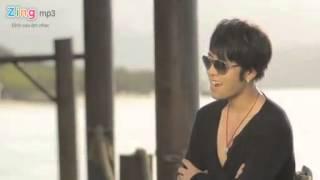 Yêu em không vì nhan sắc - Akira Phan