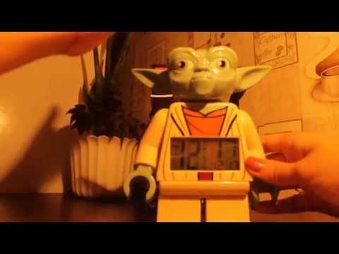Видео обзор: LEGO Часы-Будильник: Звездные Войны Клонов Мастер Йода (9003080) Yoda Alarm Clock