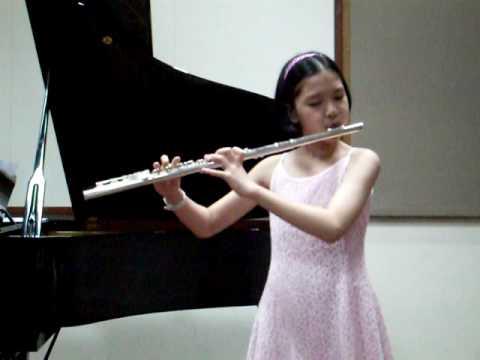 Flute Performance (16/01/2010 Harmony Music Studio  Piano Recital at YMS Singapore)