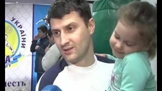 Киевские папы с малышами организовали клуб, в который не пускают мам