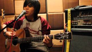 Hyundai Indonesia NANT Music Audition 2012 Shee Pergilah Kasih.avi