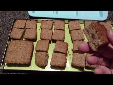 apple-cinnamon-muffins-baked-freeze-dried-crunchy-dry-snack-home-freeze-dryer