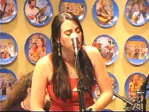 "HuDost perform ""Bishnau Az Nay"" at WDVX"