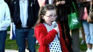 Marlowe Peyton- Amazing 6 year old sings the National Anthem