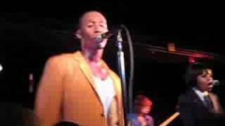 "Raphael Saadiq Live, ""Oh Girl"" ""Lay Your Head On My Pillow"""
