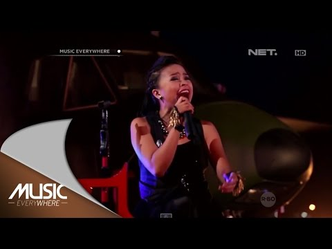 Kotak - Try (Pink Cover) (Live at Music Everywhere) *